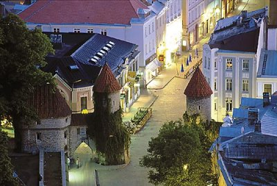 Night view of Viru street in Tallinn